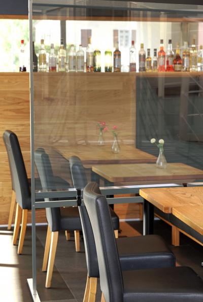 Restaurant scheidingsschermen - Wasserij Elburg